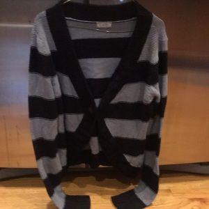 Women's large grey/black crop sweater large